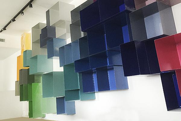 ספרית מתכת קוביות ברזל צבעוני